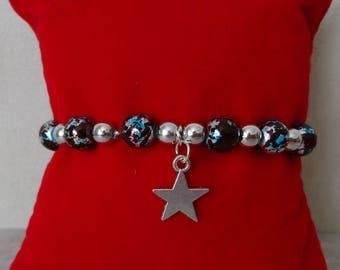 Elastic bracelet, acrylic beads