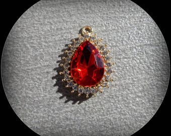 Red Crystal with 18 K gold plated white zircon pendant