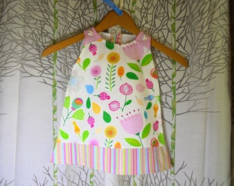 Girl dress baby 6 months to 18 months printed naive graphic and colorful cotton a line.