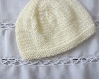 Pastel yellow newborn Beanie