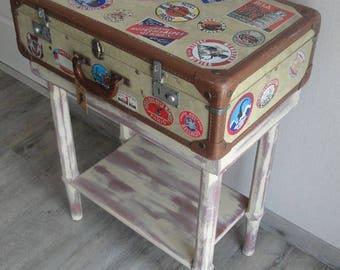 Turned item: vintage adventurer Tintin suitcase furniture