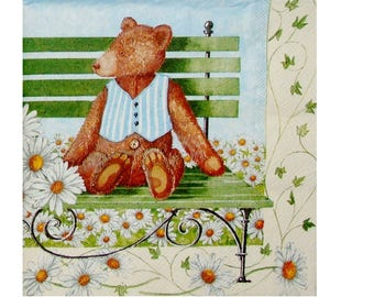 Set of 3 paper towels OUR006 bears on a bench