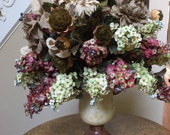 Beautiful Spring/Fall Handmade Floral Arrangement and Vase