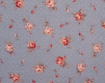 Coupon 77 x 75 cm, pink blue background, fabric brand Lecien Mrs March's collection