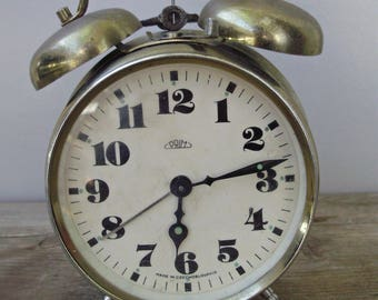 "Large,Vintage,gold-colored,""Prim""Table/Alarm Clock,working condition"