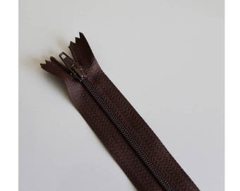 Chocolate brown not separable zipper 18 cm, couture quality zipper
