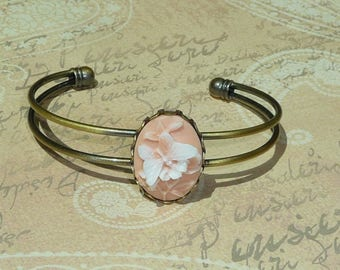 Old pink and White Butterfly cameo Bangle bronze adjustable baroque setting fancy vintage, spring summer romantic retro wedding