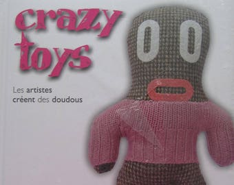 """Book """"CRAZY TOYS"""" - artists create the comforters"""