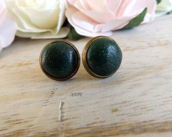 Earrings puce color emerald