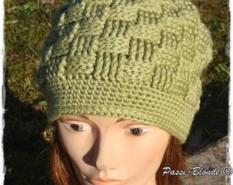 Hat crocheted of light/khaki green color.