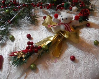 Christmas centerpiece bear color white/red/gold