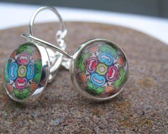 Rose cabochon earrings