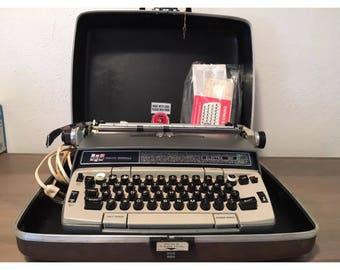 Genuine SMITH CORONA Electra 120 Electric Typewriter And Original Hard Case