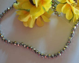 110 shiny has facet beads