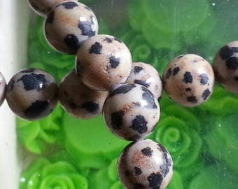10 pearls chatter Dalmatian of 8mm diameter, hole 1 mm