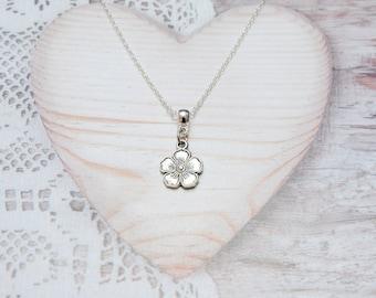 Flower charm pendant chain necklace