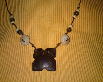 Coconut wood square pendant necklace and wooden beads