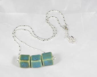 Chinese porcelain beads, length 40 cm without pendant necklace