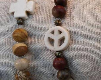 Pearl bracelet, gemstone and wood Brown and beige pattern