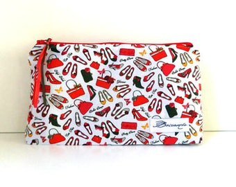 Makeup bag. Fashion designs. Cotton. Zip.