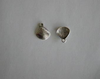1 charm shell metal silver 15 x 12 mm
