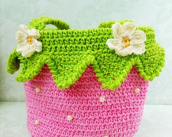 Crochet pattern strawberry bag , Little Girl