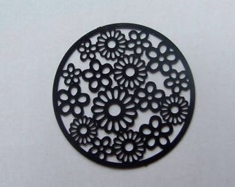 Black flower filigree 31mm disc
