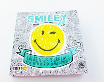 colouring book Smiley take out everywhere, get your pencils!