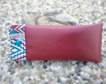 Glasses case Burgundy - Native American spirit