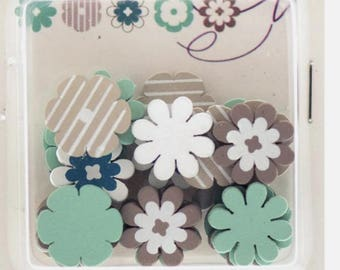 Shapes - flowers Toga assortment - 25 pieces of 1.8 cm wooden painted, new