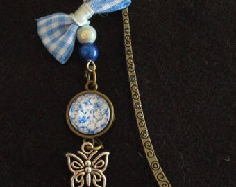Chinese style brass and glass cabochon bookmark