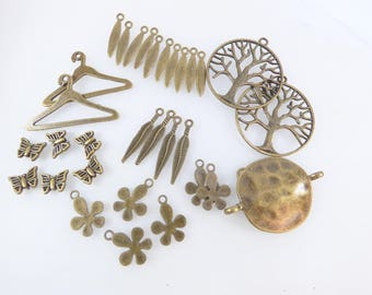 Set of bronze metal charms
