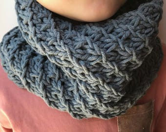 Boy/girl grey Snood perfect mid-season 2-6 years