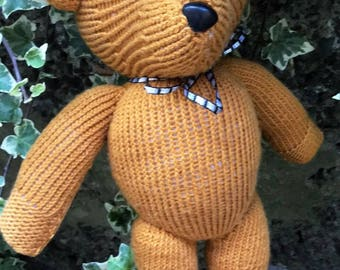 Knitted Teddy, Knitted toys, Kittens, Pillow, Jean Greenhowe designs, Jean Greenhowe