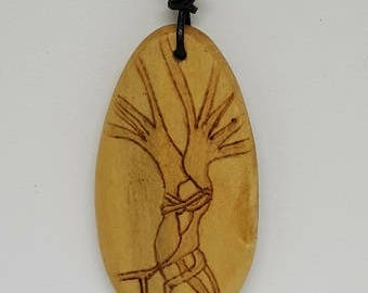 Tree kissing, wooden pendant, pyrography, woodburning, all natural, jewelry, necklace, wood, nature