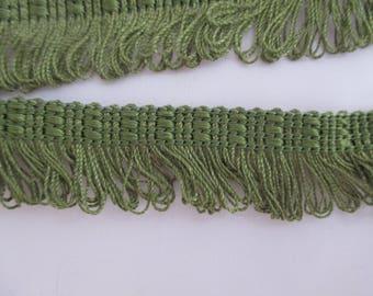 Green fringe trim height 2.5 cm