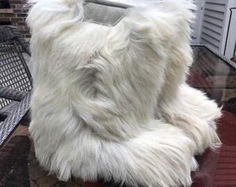 Vintage Heierling goat hair après ski boots