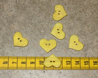lot 6 buttons at the widest point 2 cm thickness 3 mm yellow heart wood