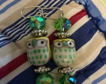 Dangling owl earrings