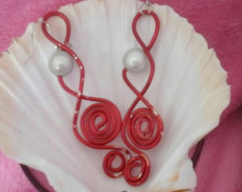 Musicalia earrings silver red 2mm aluminum wire