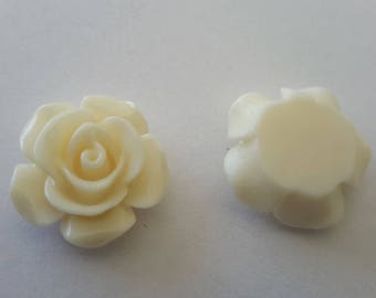 14x6mm color resin flower white /ivoire for your creations