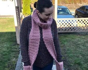 Crochet Scarf w/ Pockets