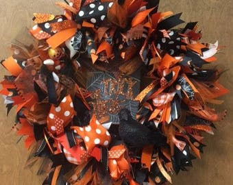 Orange and Black Halloween Trick or Treat Light Up Wreath. Halloween Door Decoration with lots of Sparkle. Super Cute & Whimsical.