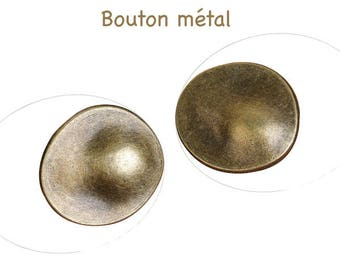 Metal button bronze oval 30 x 27 mm, hole 3 mm