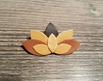 Brooch leather lotus, 3 colors.