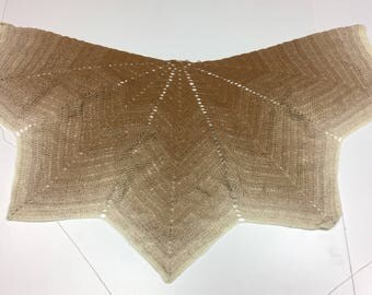 Beautiful shawl crochet leaf