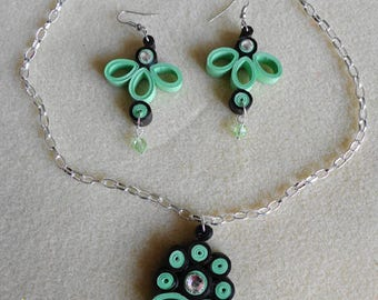 Set earrings and necklace quilling