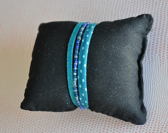 Crystal bracelet, turquoise suede and Ribbon