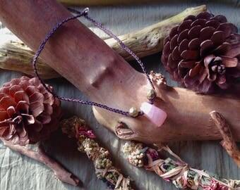 Lovely rose quartz fairy necklace / Goldene Fee Rosenquartz