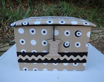 Sewing in cardboard box